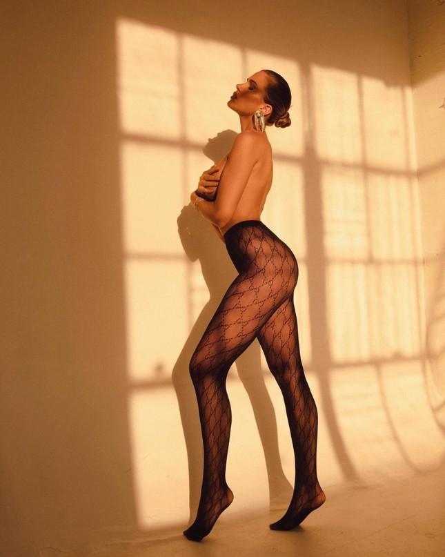 Người mẫu 9x chụp bán nude quyến rũ, đẹp như tạc tượng ảnh 1