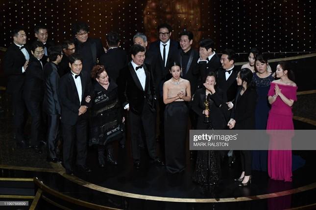 Oscars: 'Ký sinh trùng' thắng Phim hay nhất, làm nên lịch sử điện ảnh Hàn Quốc ảnh 24