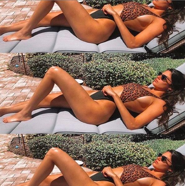 Mặc bikini, 'siêu mẫu đắt giá nhất thế giới' đẹp như bê Barbie giữa đời thực ảnh 7