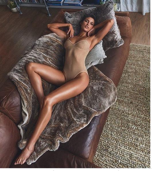 Người đẹp Pháp quyến rũ 'khó cưỡng' với áo tắm xuyên thấu ảnh 5