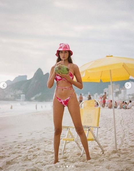 Chân dài xứ Samba tung ảnh ngực trần gợi cảm ảnh 7