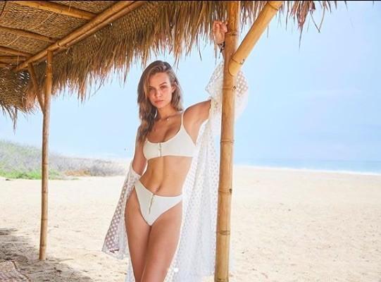 'Thiên thần nội y' Josephine Skriver chụp ngực trần trên tạp chí ảnh 7