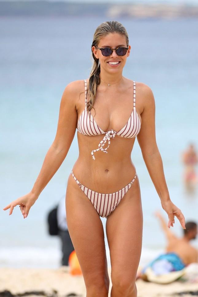 Người mẫu Úc có số đo hình thể 'vàng', siêu nóng bỏng ảnh 11