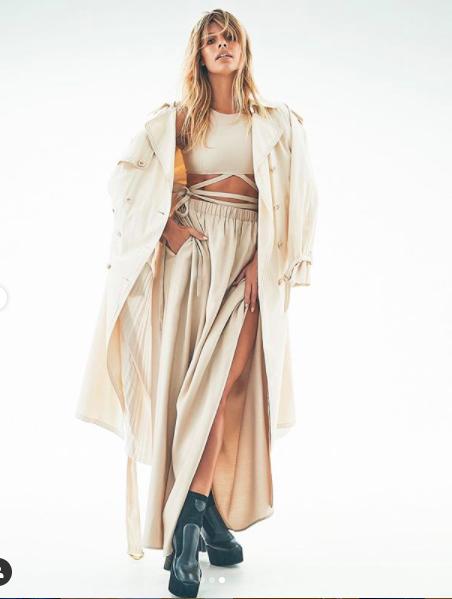 Người mẫu Úc có số đo hình thể 'vàng', siêu nóng bỏng ảnh 7