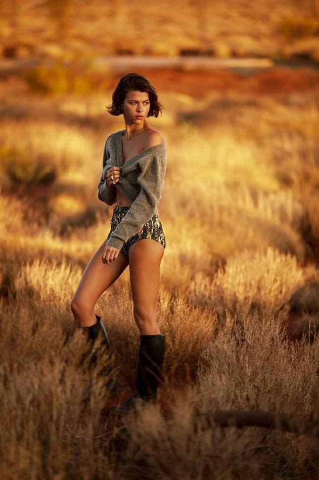 Chân dài Victoria's Secret chụp ảnh không nội y, gợi cảm mơn mởn ảnh 16