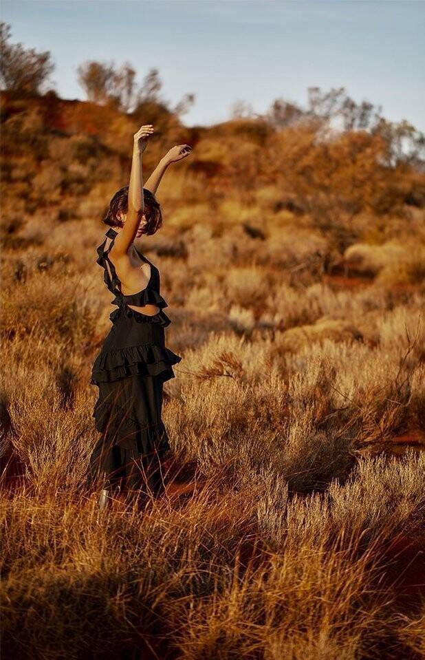 Chân dài Victoria's Secret chụp ảnh không nội y, gợi cảm mơn mởn ảnh 21