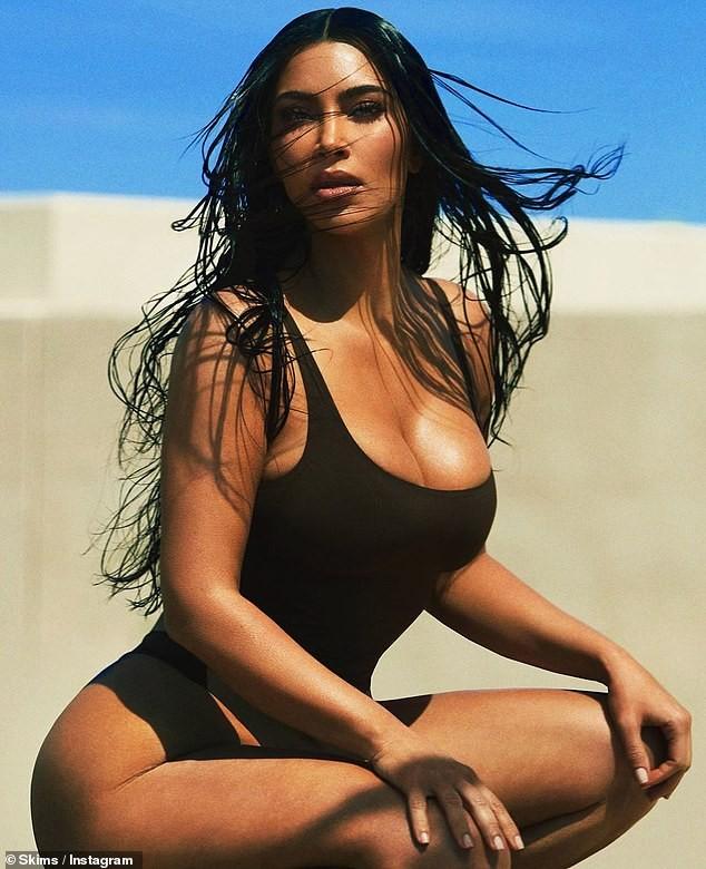 Kim Kardashian tung ảnh nội y đẹp mê mẩn 'khó cưỡng' ảnh 5