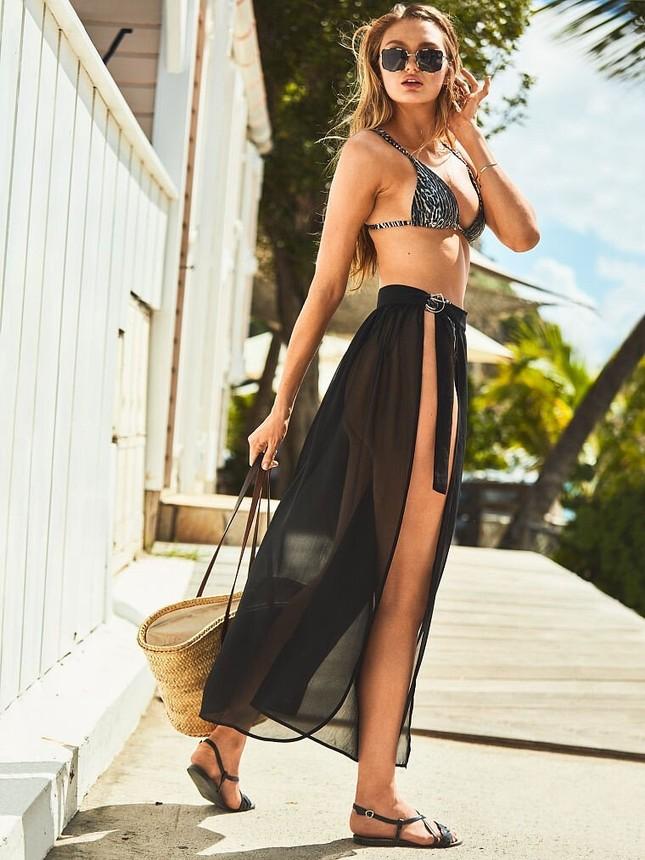 Thiên thần Victoria's Secret đẹp 'rực lửa' với áo tắm ảnh 1