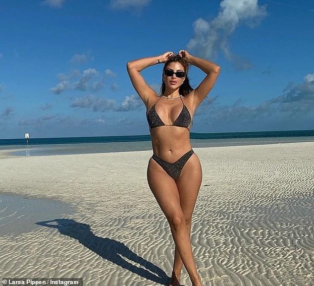 Sao truyền hình Larsa Pippen khoe body 'bốc lửa' với bikini bé xíu ảnh 7