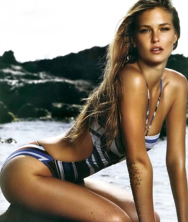 Siêu mẫu Bar Refaeli - tình cũ Leonardo DiCaprio tung ảnh bikini khoe dáng ảnh 8