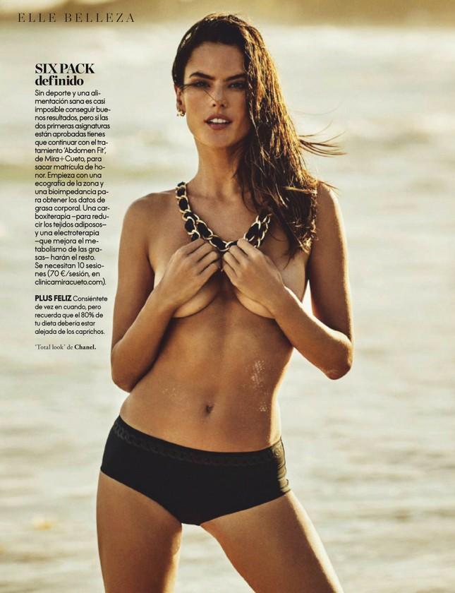 Alessandra Ambrosio 'thôi miên' người nhìn với những shoot hình cởi đồ đẹp mê mẩn ảnh 12