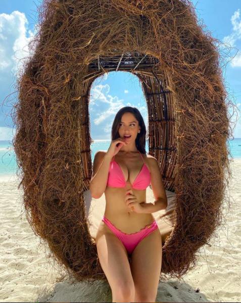Neymar và bạn gái siêu mẫu chụp ảnh tình tứ khiến fan 'tan chảy' ảnh 5