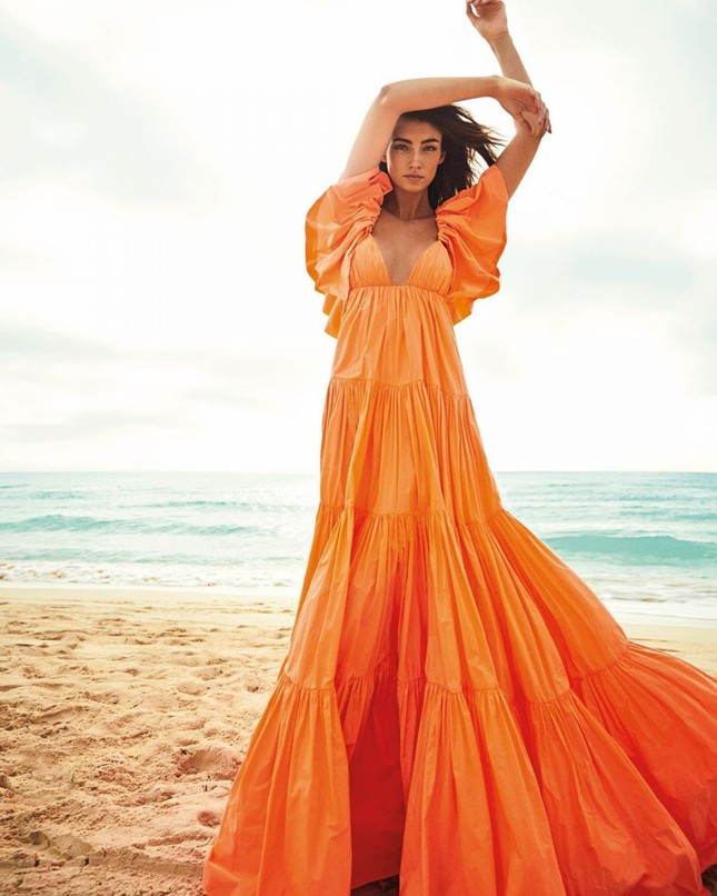 Siêu mẫu 1m80 Lorena Rae khoe dáng tuyệt mỹ khiến fan xuýt xoa ảnh 4