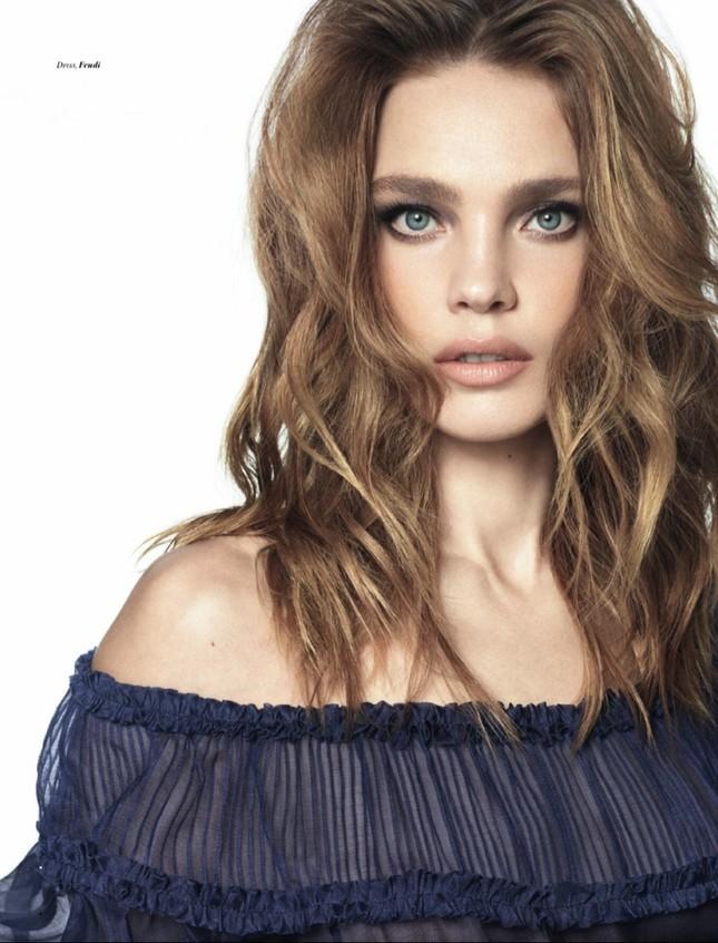 Ngưỡng mộ sắc vóc quá đỗi trẻ đẹp của siêu mẫu Nga 5 con ở tuổi U40 ảnh 9