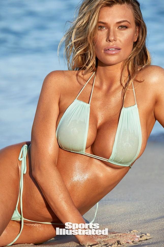 Samantha Hoopes nóng bỏng 'nghẹt thở' trên tạp chí áo tắm danh tiếng ảnh 28