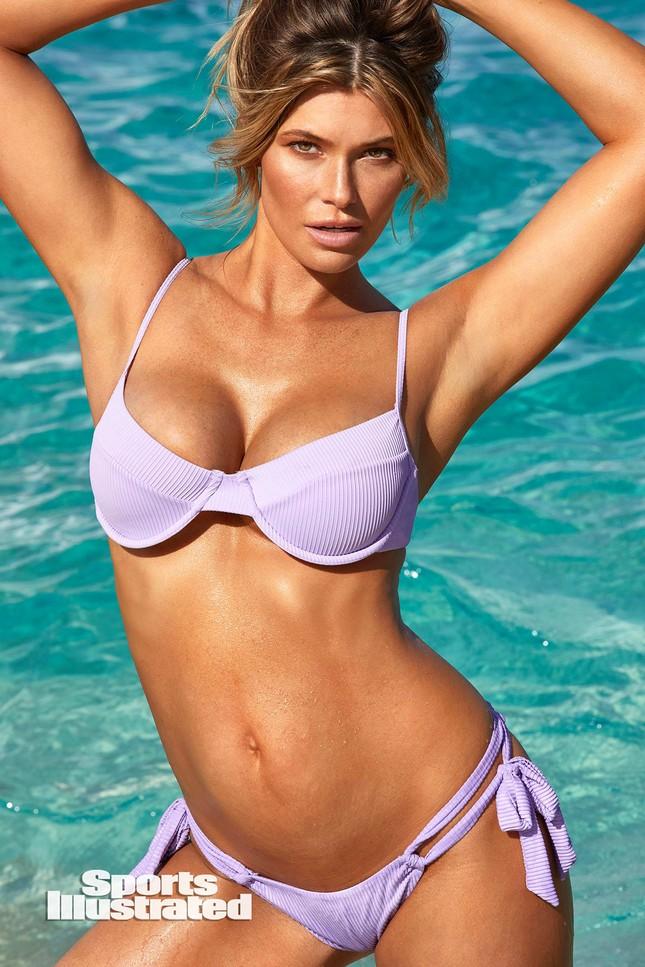 Samantha Hoopes nóng bỏng 'nghẹt thở' trên tạp chí áo tắm danh tiếng ảnh 23