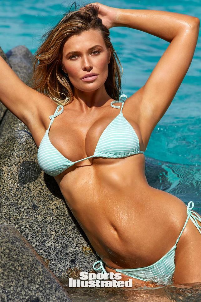 Samantha Hoopes nóng bỏng 'nghẹt thở' trên tạp chí áo tắm danh tiếng ảnh 15