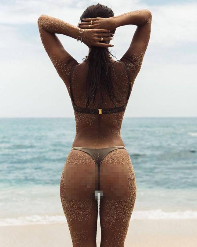 Chân dài 9x Carmella Rose trình diễn áo tắm phô body đẹp như tạc tượng ảnh 8