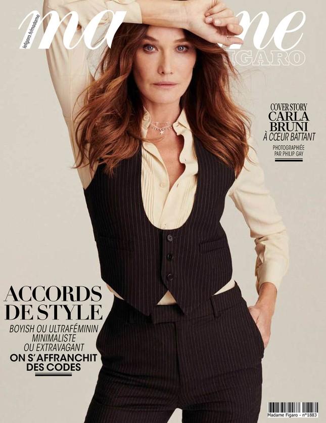 Ngưỡng mộ vóc dáng siêu mẫu của cựu đệ nhất phu nhân Pháp Carla Bruni ở tuổi 53 ảnh 5