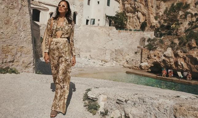 Siêu mẫu Nga Irina Shayk khoe dáng cực phẩm với áo tắm ảnh 9
