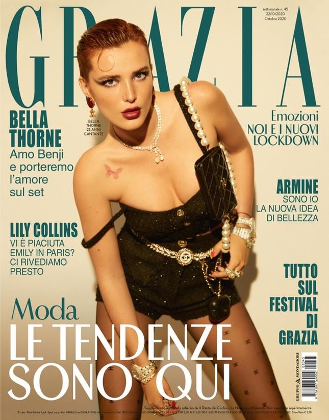 Bella Thorne khoe ngực 'nóng mắt' trên tạp chí ảnh 1