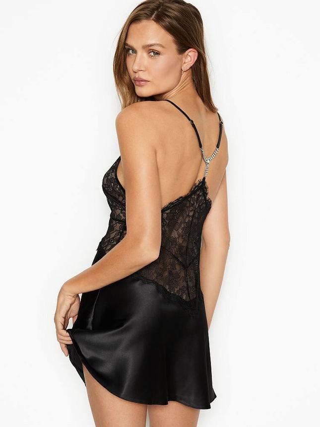 'Thiên thần' Victoria's Secret khoe dáng siêu nóng bỏng với nội y ảnh 7