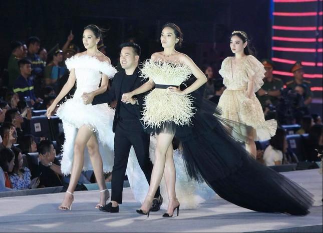 Công bố Top 5 Người đẹp Thời trang của Hoa hậu Việt Nam 2020 ảnh 21