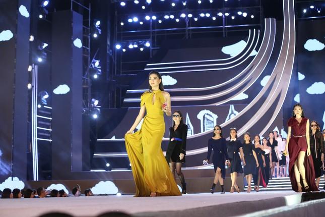 Công bố Top 5 Người đẹp Thời trang của Hoa hậu Việt Nam 2020 ảnh 35