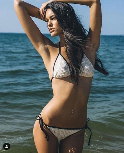 Vóc dáng đẹp như tạc tượng đáng ngưỡng mộ của Elizabeth Salt ảnh 11