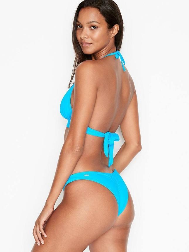 'Thiên thần nội y' Lais Ribeiro khoe đường cong quyến rũ với bikini ảnh 3