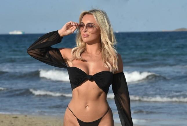 Sao truyền hình 9x Amber Turner quá sexy và lôi cuốn với bikini ảnh 3