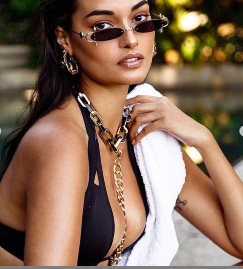 Mẫu 9x Gizele Oliveira tung ảnh bikini bé xíu khoe đường cong body tuyệt mỹ ảnh 5