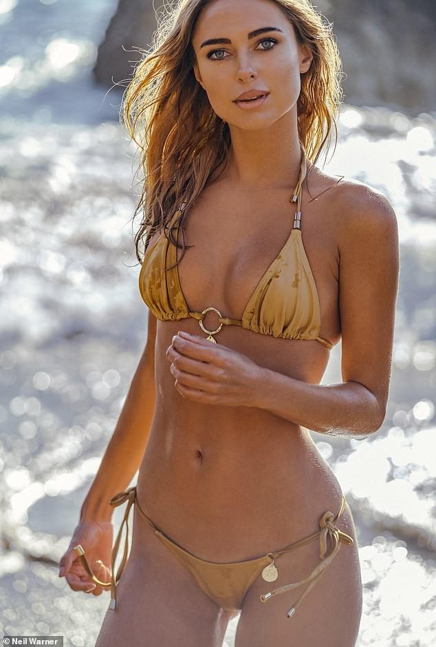 Mỹ nhân áo tắm Kimberley Garner nóng bỏng gây mê với bikini bé tí ảnh 3