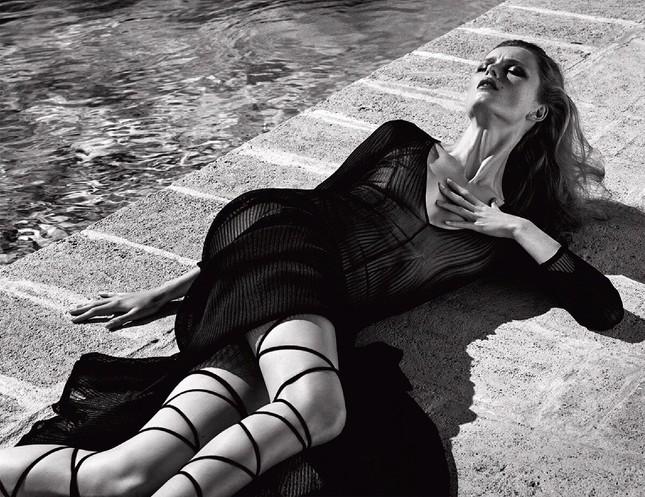 Sắc vóc của nàng mẫu trong clip quảng cáo của Louis Vuitton quay ở Việt Nam ảnh 3