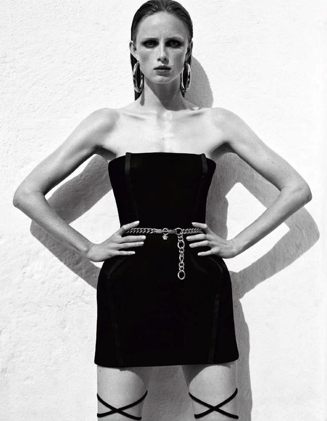 Sắc vóc của nàng mẫu trong clip quảng cáo của Louis Vuitton quay ở Việt Nam ảnh 5