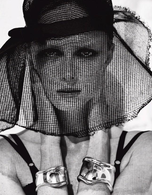 Sắc vóc của nàng mẫu trong clip quảng cáo của Louis Vuitton quay ở Việt Nam ảnh 10
