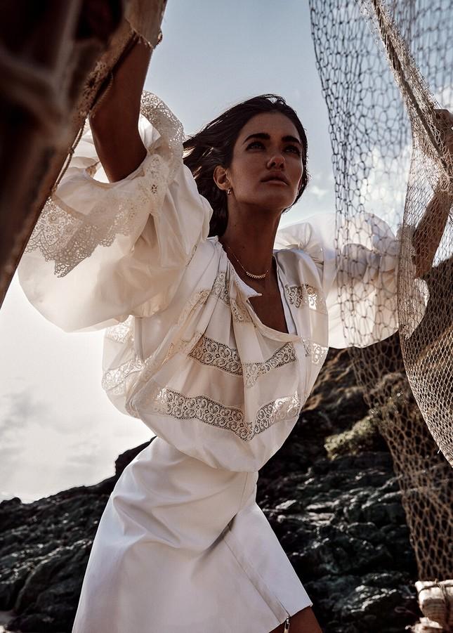 Sofia Reynal 'thả rông' táo bạo trên tạp chí ảnh 6