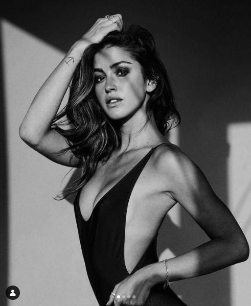 Gigi Paris khiến cánh mày râu mê mẩn với loạt ảnh áo tắm siêu nóng bỏng ảnh 2