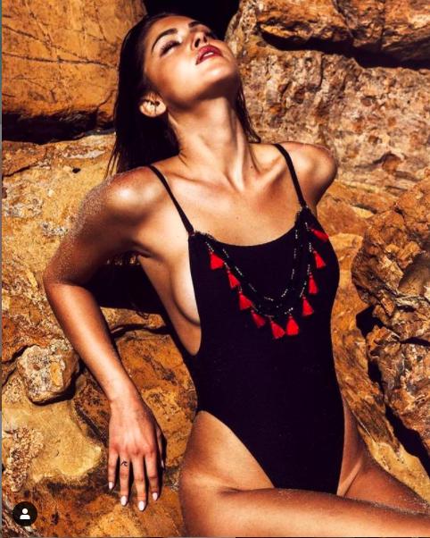 Gigi Paris khiến cánh mày râu mê mẩn với loạt ảnh áo tắm siêu nóng bỏng ảnh 7