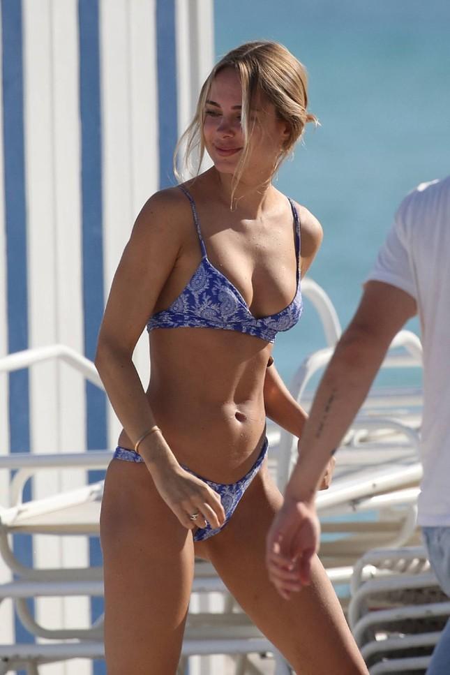 Mỹ nhân áo tắm Kimberley Garner khoe dáng tuyệt mỹ với bikini ảnh 3