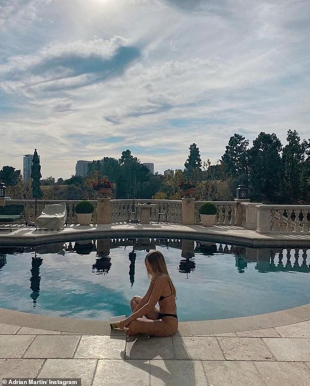 Sofia Richie khoe dáng gợi cảm bên bể bơi trong biệt thự 11 triệu USD ảnh 4