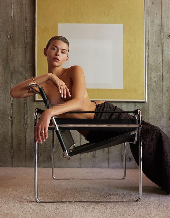 Georgia Fowler chụp ngực trần trên tạp chí, dáng đẹp như tạc tượng gây ngưỡng mộ ảnh 9