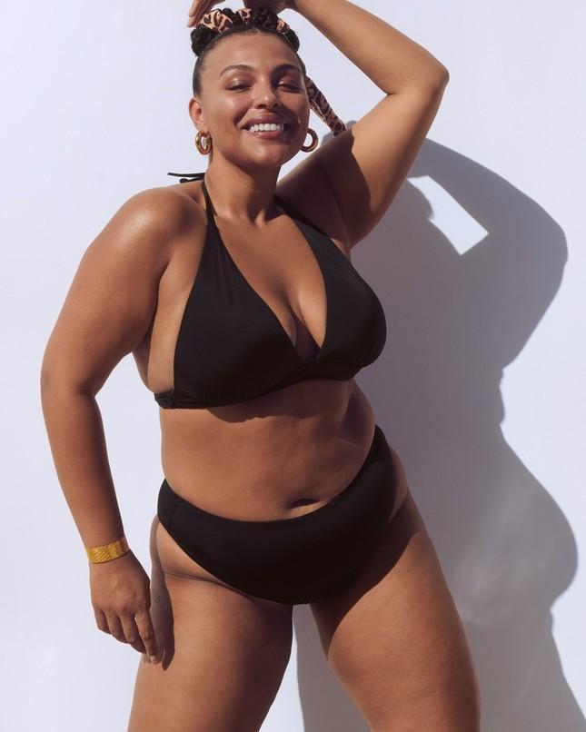 Dàn mẫu khoe vóc dáng nóng bỏng với bikini ảnh 2