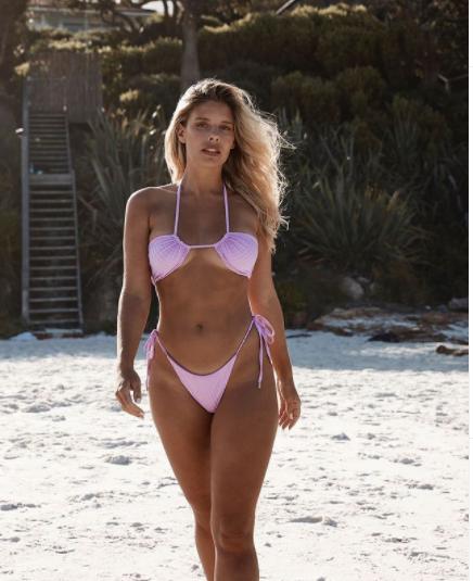 Mỹ nhân Úc trình diễn bikini phô đường cong 'nảy lửa' ảnh 3
