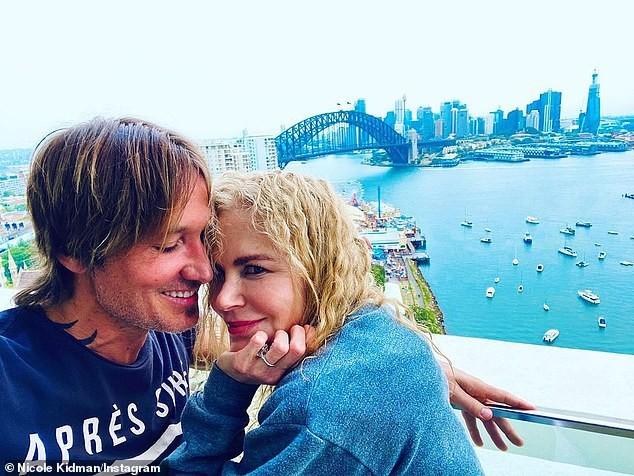 'Thiên nga nước Úc' Nicole Kidman xinh đẹp trẻ trung bất ngờ ở tuổi 54 ảnh 3