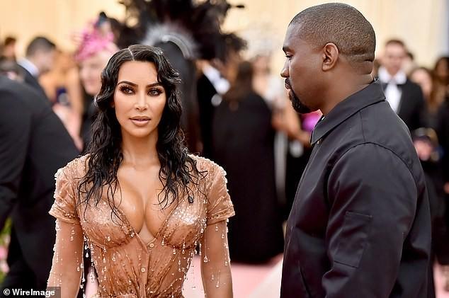 Kim Kardashian đăng bài về bố lên Instagram sau đệ đơn ly hôn: Rất nhiều để nói... ảnh 8