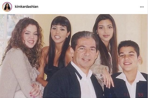Kim Kardashian đăng bài về bố lên Instagram sau đệ đơn ly hôn: Rất nhiều để nói... ảnh 2