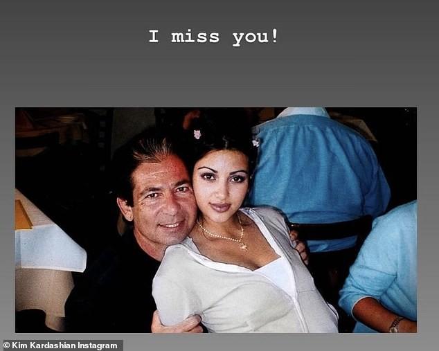 Kim Kardashian đăng bài về bố lên Instagram sau đệ đơn ly hôn: Rất nhiều để nói... ảnh 1