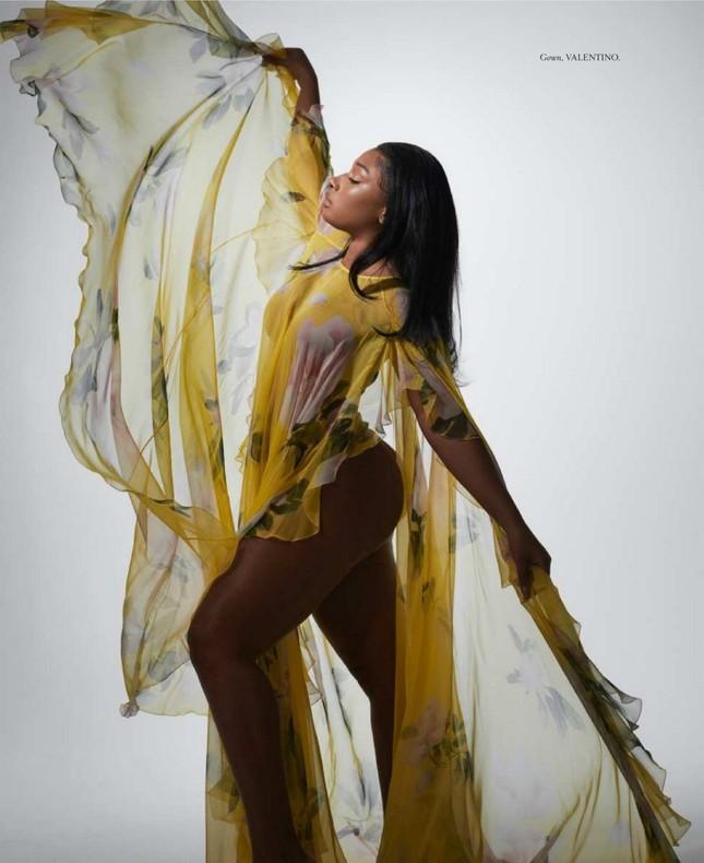 Megan Thee Stallion 'thả rông' táo bạo trên tạp chí ảnh 6