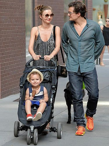 Mẹ bỉm sữa Katy Perry mặc bra không nội y, lần đầu đưa con gái 6 tháng tuổi ra phố ảnh 8